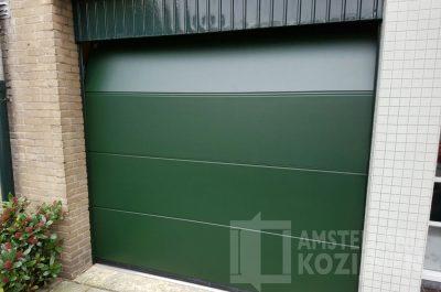 Groene garagedeur Hörmann